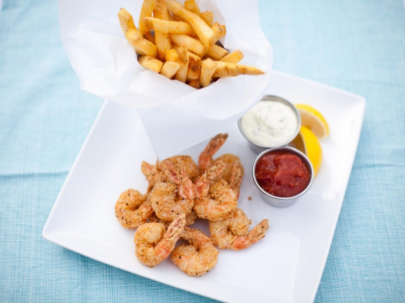 Delicately fried shrimp and delicious fries from Steamers on the Outer Banks.